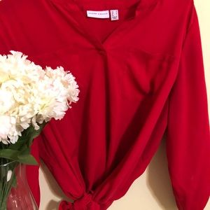 EUC Beautiful Red Versatile Blouse♥️
